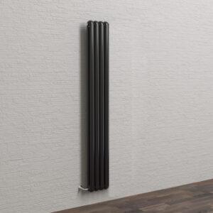 Дизайн радиатор SOLIRA ELIS 2180/4 черного цвета